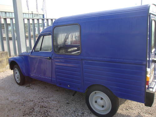 1982 Iconic Acadiane van SOLD (picture 5 of 6)