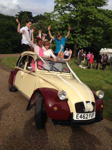 Citroen 2CV Wedding Hire including Chauffeur For Hire (picture 2 of 2)