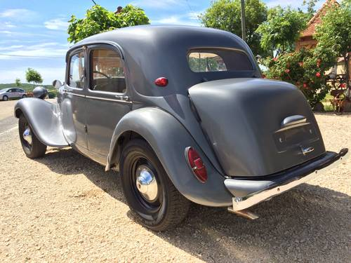 Citroen Traction 11 1953 restored for sale by auction SOLD by Auction (picture 3 of 6)