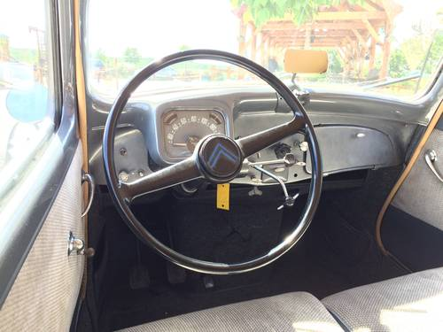 Citroen Traction 11 1953 restored for sale by auction SOLD by Auction (picture 4 of 6)