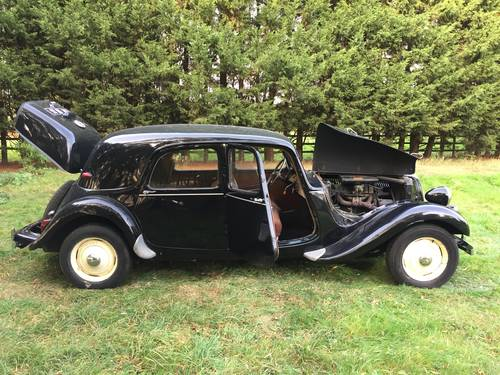 1955 Citroën Traction For Sale (picture 3 of 6)