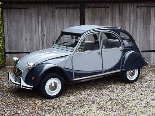 1984 Citroën 2CV6 Charleston in immaculate original condition. SOLD (picture 1 of 6)