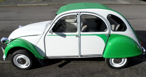 NOW SOLD Citroen 2 CV DOLLY DEUX CHEVAUX For Sale (picture 2 of 6)