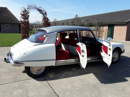 CITROEN DS 20 SUPER 1972 BEAUTIFULL CAR.  26950 euro For Sale (picture 5 of 6)