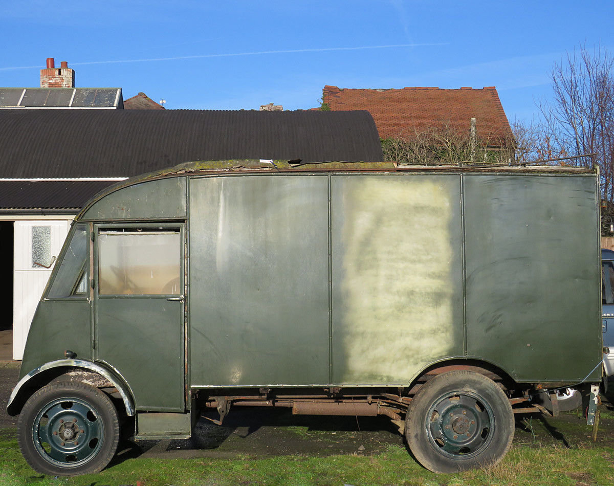 1946 An Amazing commer Q25 to be restored to your specification For Sale (picture 2 of 6)