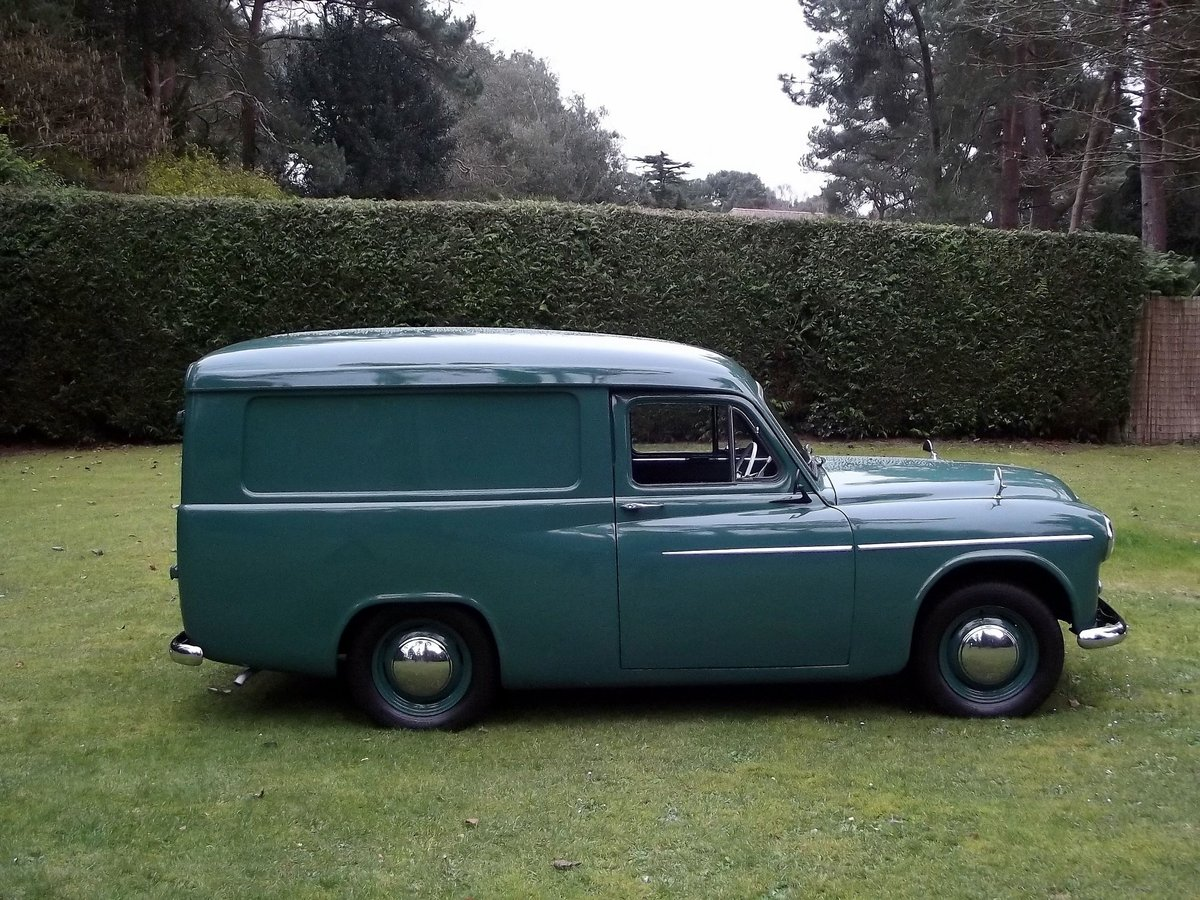 1955 COMMER EXPRESS DELIVERY VAN For Sale (picture 3 of 6)