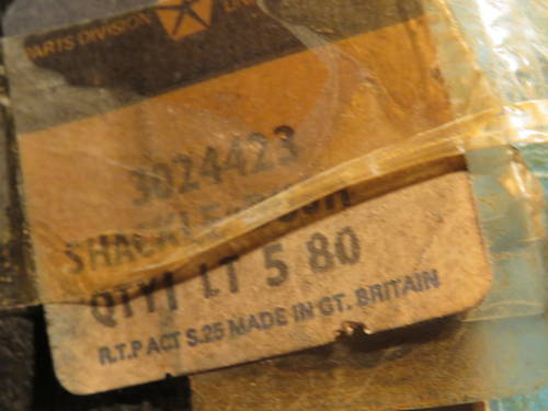 1960 SHACKLES FOR REAR LEAF SPRINGS For Sale (picture 2 of 3)