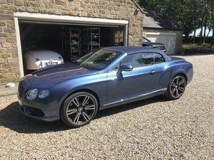 2015 Bentley Continental GTC - 19,000 MLS