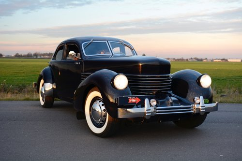 Cord 812 Beverly Saloon 1937, mechanically restored, superb For Sale (picture 1 of 6)