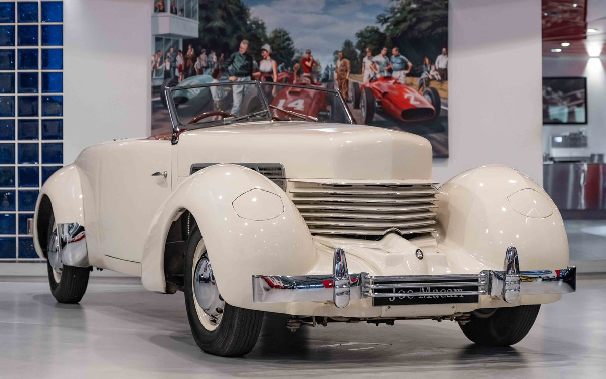 1937 Cord 812 Supercharged Phaeton RHD For Sale (picture 1 of 6)