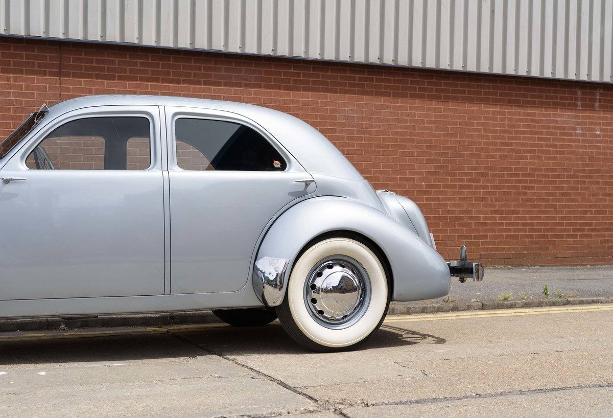 1937 Cord 810 Beverly Sedan (LHD) For Sale (picture 14 of 24)