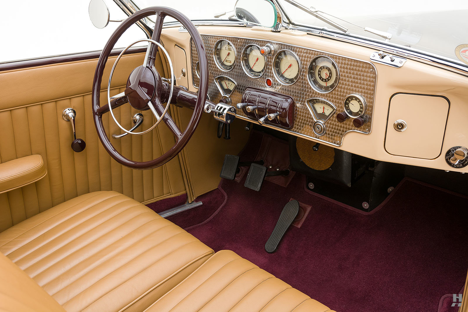 1937 Cord 812 SC Phaeton For Sale (picture 5 of 6)