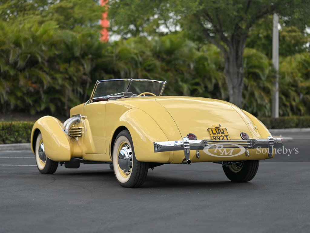 1937 Cord 812 Supercharged Cabriolet  For Sale by Auction (picture 2 of 12)