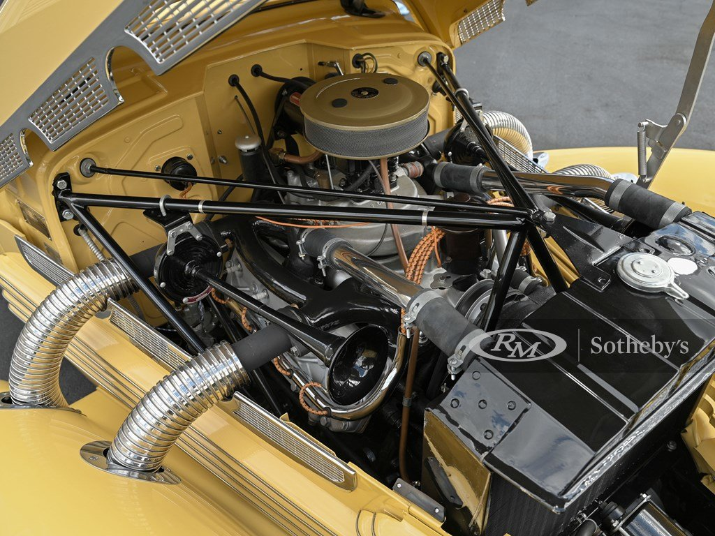 1937 Cord 812 Supercharged Cabriolet  For Sale by Auction (picture 3 of 12)