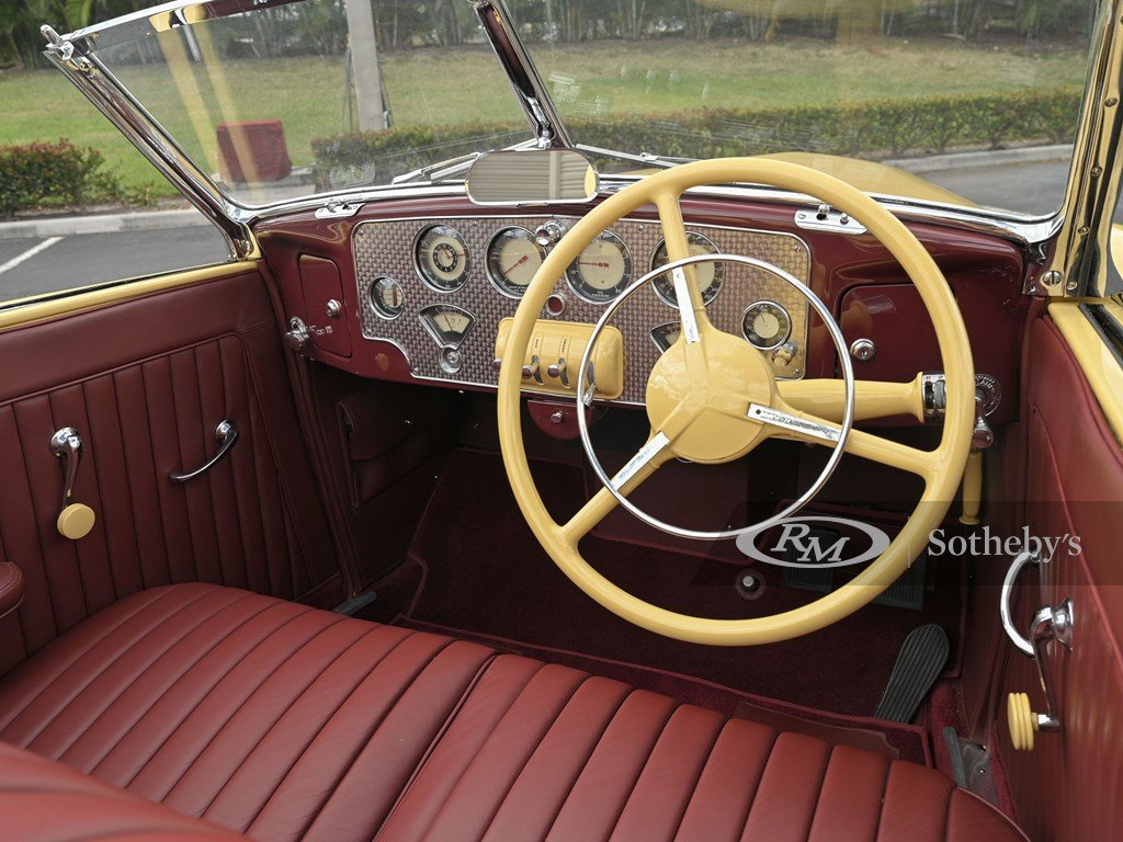 1937 Cord 812 Supercharged Cabriolet  For Sale by Auction (picture 4 of 12)
