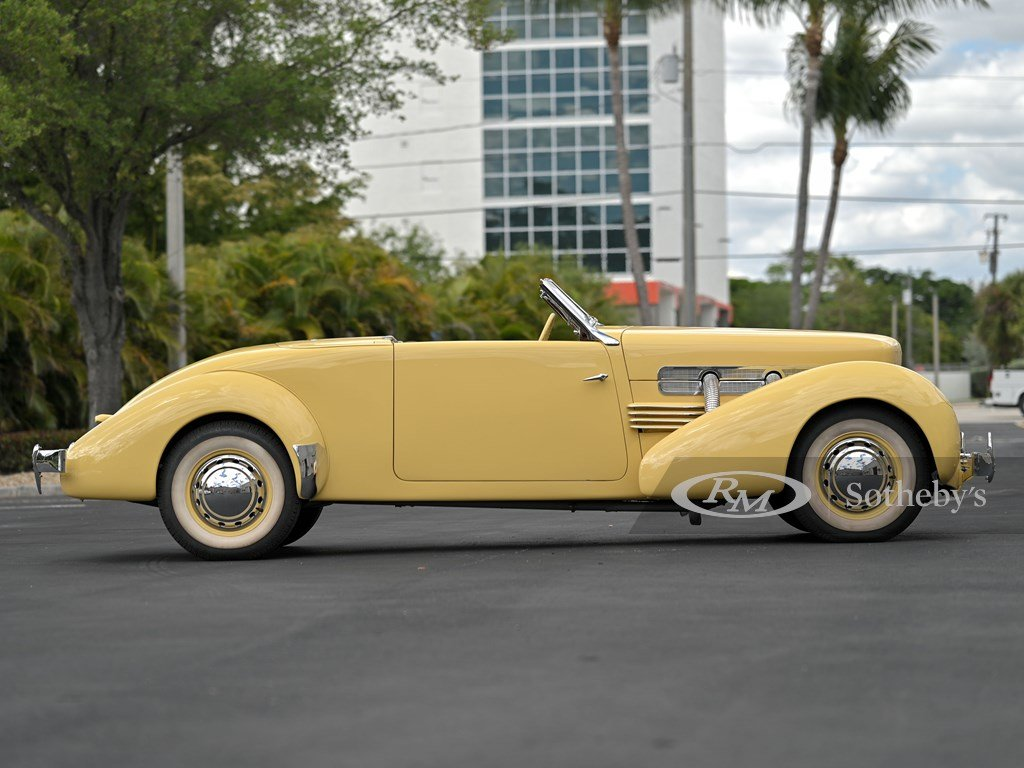 1937 Cord 812 Supercharged Cabriolet  For Sale by Auction (picture 5 of 12)