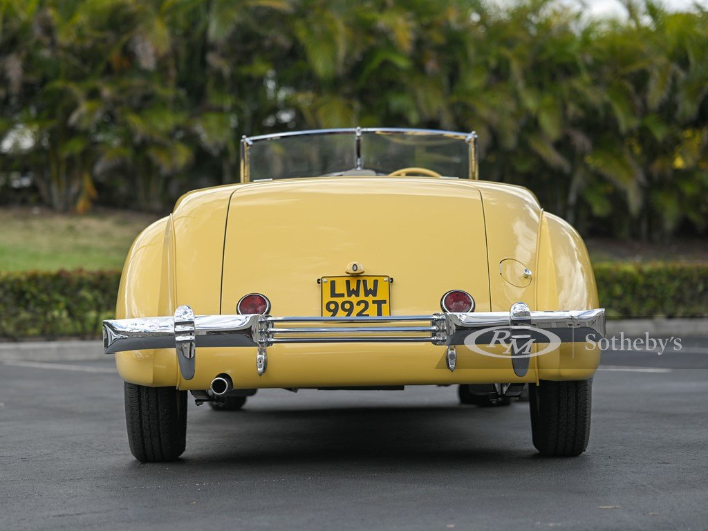 1937 Cord 812 Supercharged Cabriolet  For Sale by Auction (picture 9 of 12)