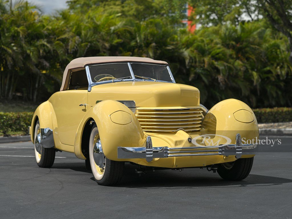 1937 Cord 812 Supercharged Cabriolet  For Sale by Auction (picture 10 of 12)