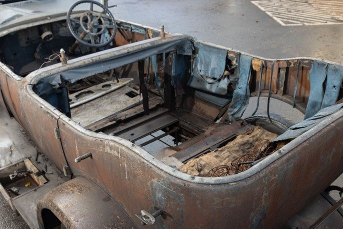 Crossley 19.6hp Tourer of 1926 'Barn Find'  For Sale (picture 4 of 6)