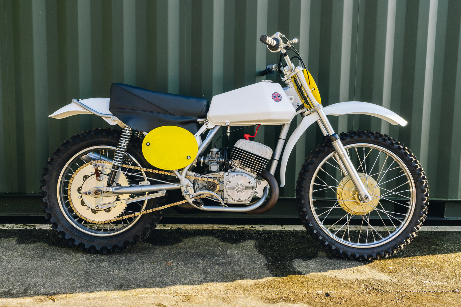 1972 CZ 250cc Moto Cross Excellent, Restored! For Sale (picture 3 of 10)