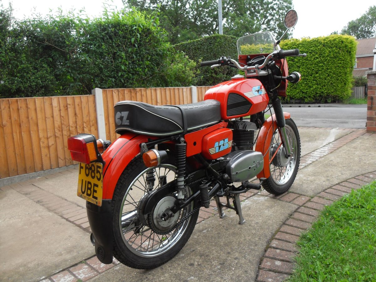 1989 CZ  125CC. Model ( 488 )  ( SALE AGREED ) SOLD (picture 3 of 6)
