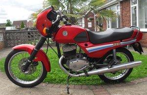 CZ 125cc. M Redg