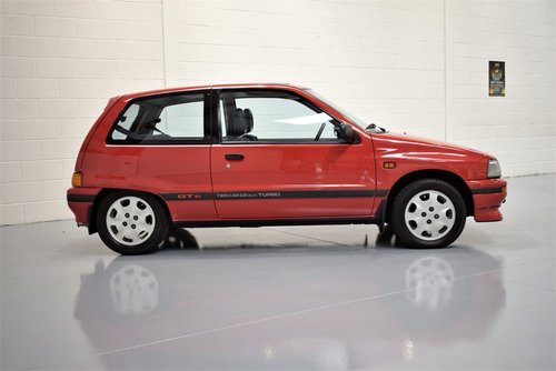 1989 Daihatsu Charade 1.0 Turbo GTti -  TOTALLY RUST FREE For Sale (picture 3 of 6)