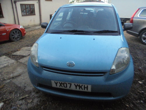 2007 07 DAIHATSU 1LTR 5 SPEED  SPORT MODEL 5 DOOR HACH R/TAX 30 For Sale (picture 1 of 6)