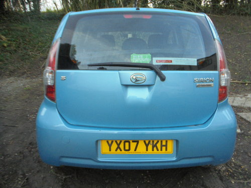2007 07 DAIHATSU 1LTR 5 SPEED  SPORT MODEL 5 DOOR HACH R/TAX 30 For Sale (picture 3 of 6)