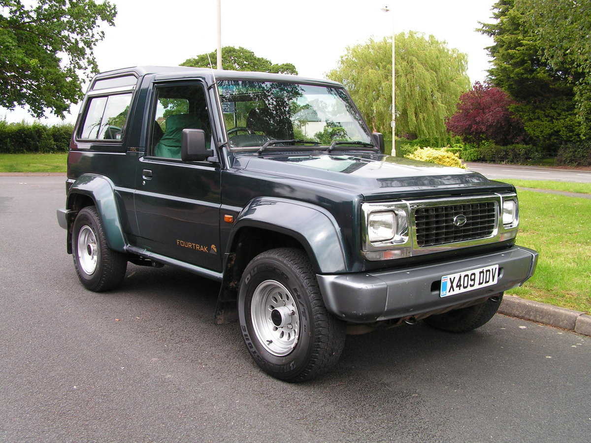 2000 SOLD. Daihatsu Fourtrak TDL Limited 3 Owners SOLD (picture 3 of 6)