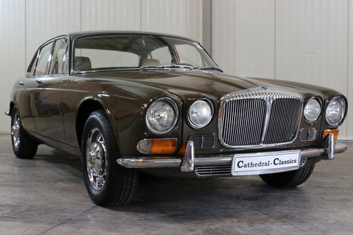 1971 Series 1 Daimler Sovereign 4.2 in superb origonal condition. SOLD (picture 1 of 6)