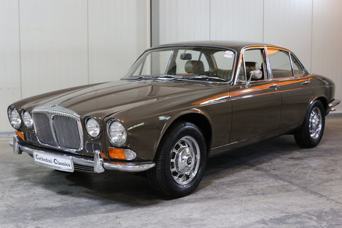 1971 Series 1 Daimler Sovereign 4.2 in superb origonal condition. SOLD (picture 2 of 6)
