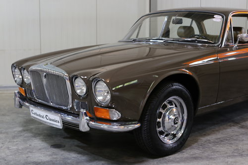 1971 Series 1 Daimler Sovereign 4.2 in superb origonal condition. SOLD (picture 5 of 6)