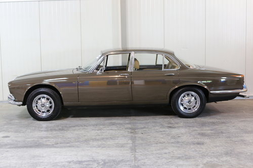 1971 Series 1 Daimler Sovereign 4.2 in superb origonal condition. SOLD (picture 6 of 6)