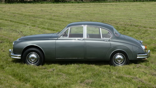 1965 Daimler 250 V8 Saloon 38,000miles only For Sale SOLD (picture 3 of 6)