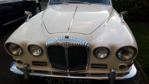1968 daimler sovereign 4.2 auto SOLD (picture 6 of 6)