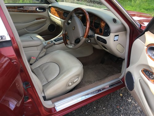 Daimler Super V8 57k 2001 Model year - Perfect! For Sale (picture 4 of 6)