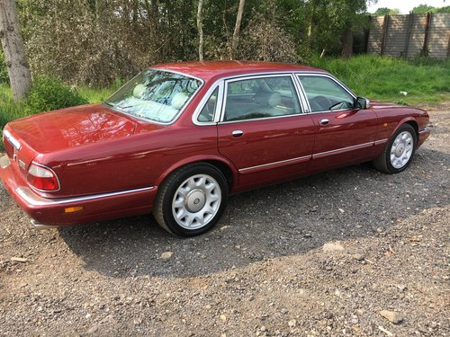 Daimler Super V8 57k 2001 Model year - Perfect! For Sale (picture 5 of 6)