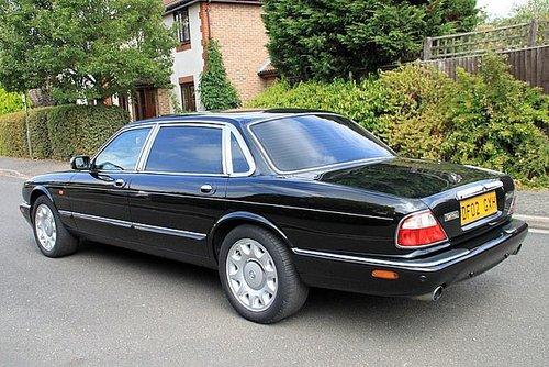 2002 Daimler Super V8 For Sale (picture 2 of 6)