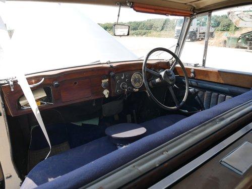 1946 Daimler DE36 Landaulette SOLD (picture 5 of 6)