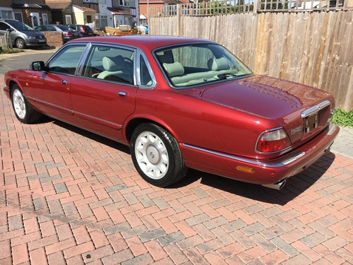 Daimler Super V8 2001 MY 56k like new condition 56k For Sale (picture 2 of 6)