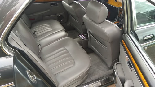 1990 DAIMLER DOUBLE SIX SERIES 3 - 33000 MILES - JAP IMPORT  SOLD (picture 6 of 6)