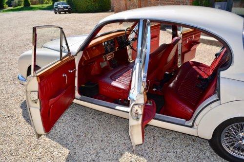 1963 Daimler 250 V8 2.5 For Sale (picture 4 of 6)