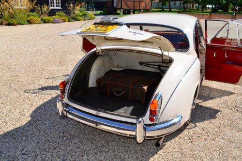 1963 Daimler 250 V8 2.5 For Sale (picture 5 of 6)