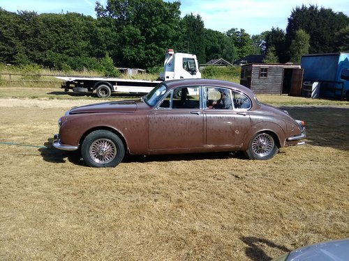 1968 Daimler Mk2 V8 250 manual over drive   Restoration project For Sale (picture 2 of 6)