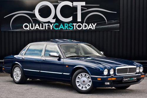 1996 Daimler Six 4.0 Straight Six LWB SOLD (picture 1 of 6)
