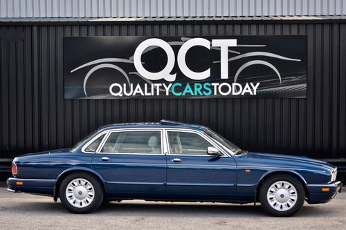 1996 Daimler Six 4.0 Straight Six LWB SOLD (picture 4 of 6)