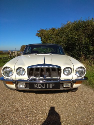 1975 Daimler Double Six Vanden Plas LWB Series 2 For Sale (picture 4 of 6)