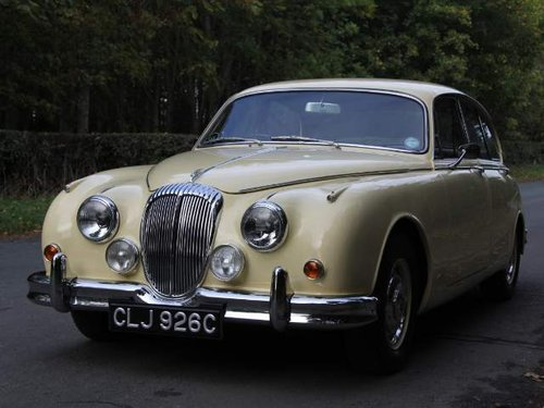 1965 Daimler 250 V8 - £14k recently spent, beautifully presented SOLD (picture 2 of 6)