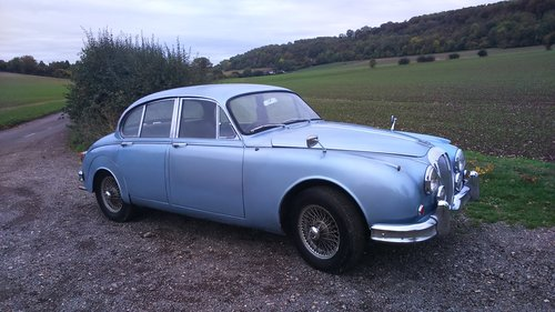 1969 Nice Daimler With All Metalwork Professionally Refurbished For Sale (picture 2 of 6)